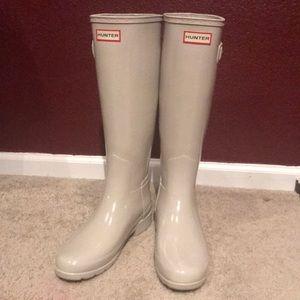 Brand New Parchment Hunter Tall Gloss Rain Boots 7